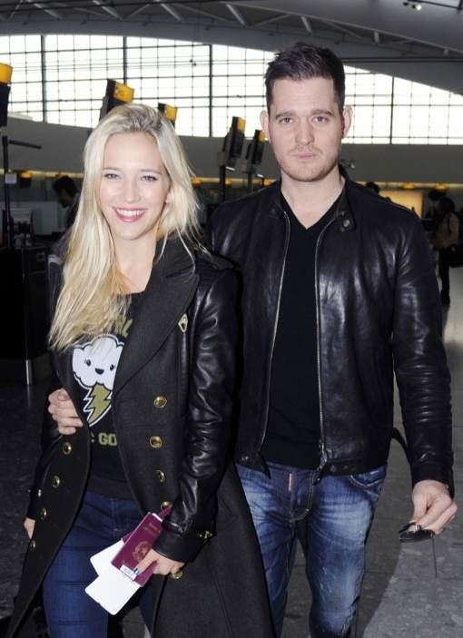 Michael Buble & Luisana Catch A Flight Out Of Heathrow