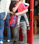 Orlando Bloom Takes His Son To Lunch