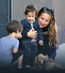 Tobey Maguire And Family Out For Brunch In Venice