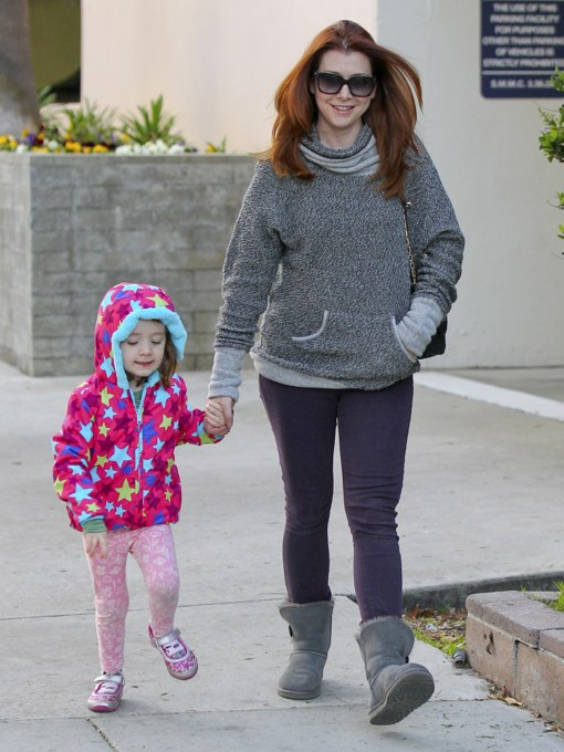 Exclusive... Alyson Hannigan and Satyana Go Shopping