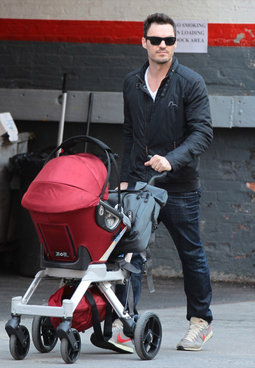 Brian Austin Green Strolls In The Big Apple With Noah