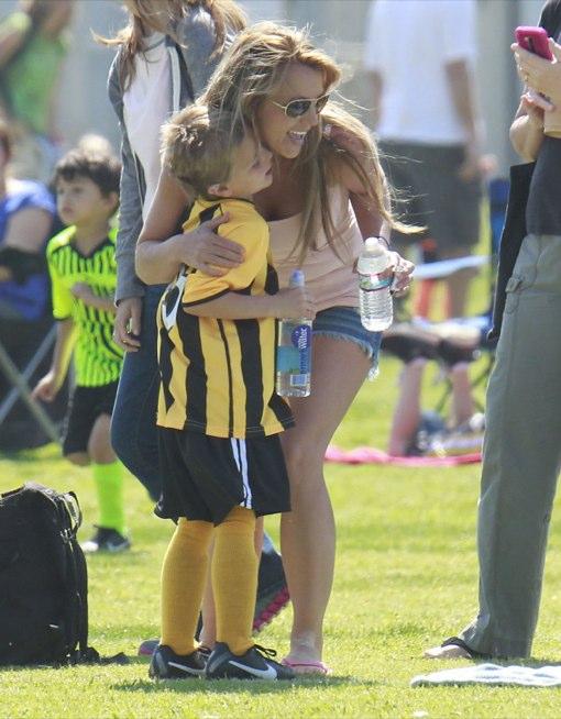 Britney Spears & Kevin Federline Cheer On Their Boys