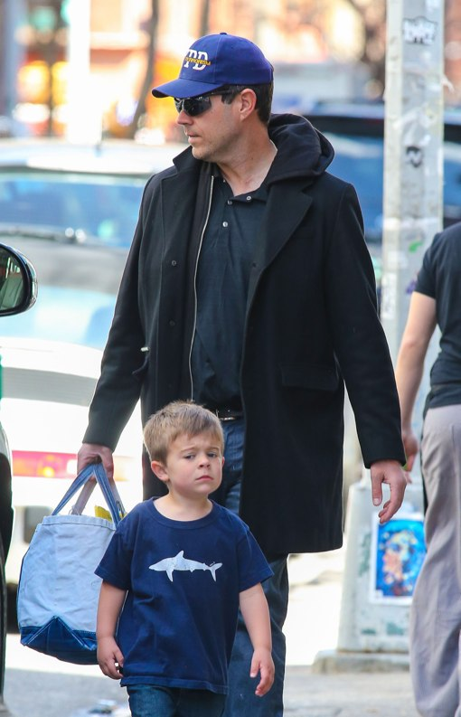 Carson Daly Enjoys A Warm Big Apple Day With His Family