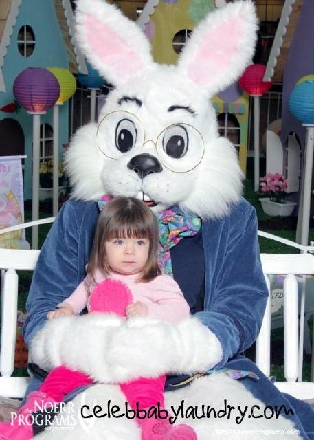 easter-bunny-ava_1000