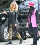 Pregnant Fergie Visits The Four Seasons Hotel