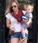 Hilary Duff And Family Leaving Charlie's Pantry