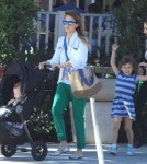 Jessica Alba And Her Girls Leaving Le Pain Quotidien