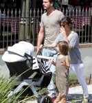Kourtney Kardashian And Family Out For Lunch