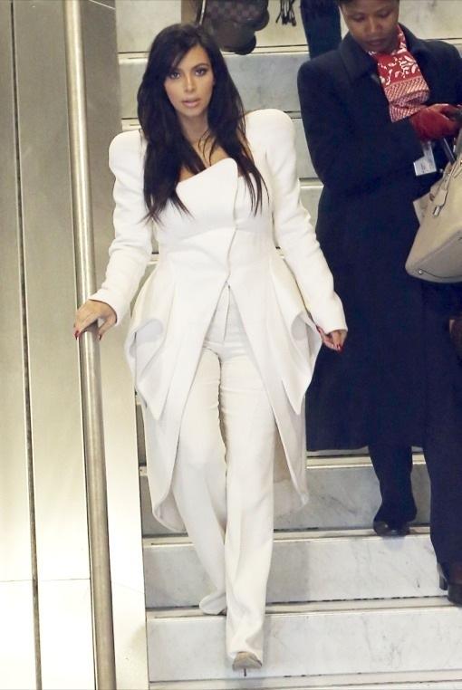 Kim Kardashian's Angelic Touch Down in Paris
