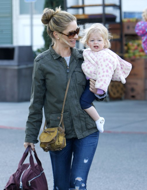 Rebecca Gayheart Shops With Georgia