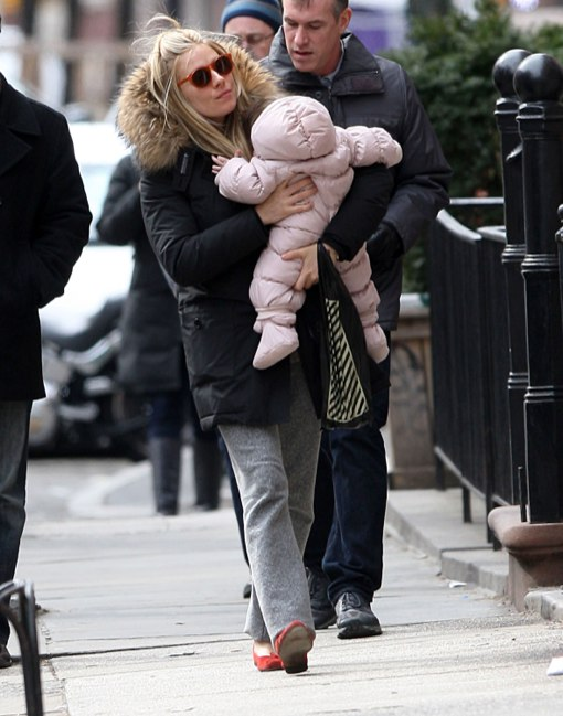 Sienna Miller Gives Marlowe Sweet Kisses