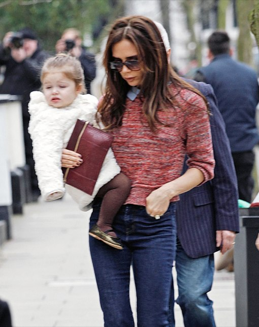 Victoria Beckham Amp Harper Step Out In London Celeb Baby Laundry