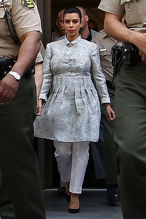 Kim Kardashian Wore Maternity Curtains To Court Today