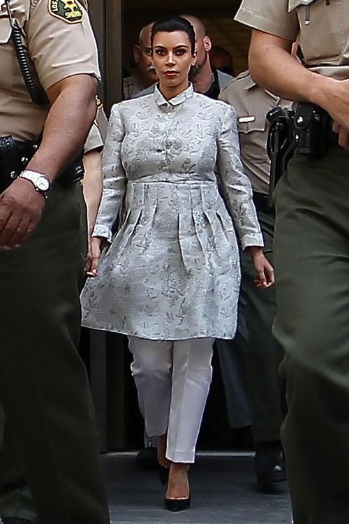Kim Kardashian Wore Maternity Curtains To Court Today (Photos)