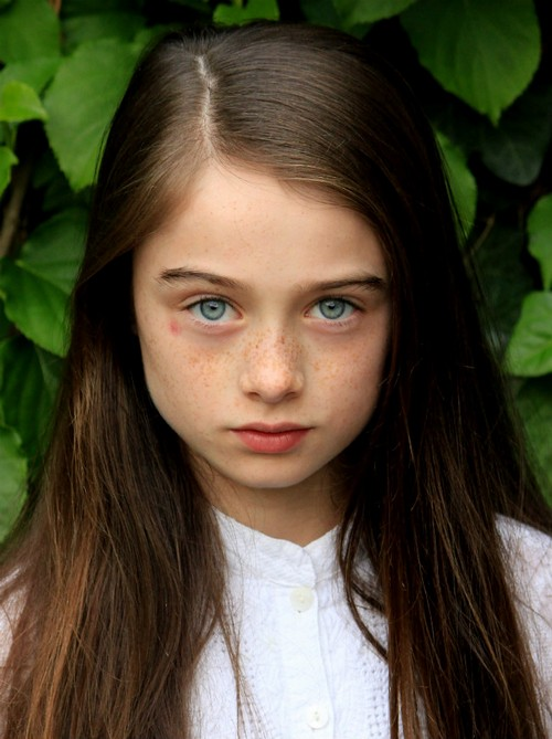 Raffey Cassidy Cast As Robot Girl In Disney's Tomorrowland