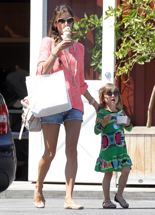 Alessandra Ambrosio & Anja: Ice Cream Duo