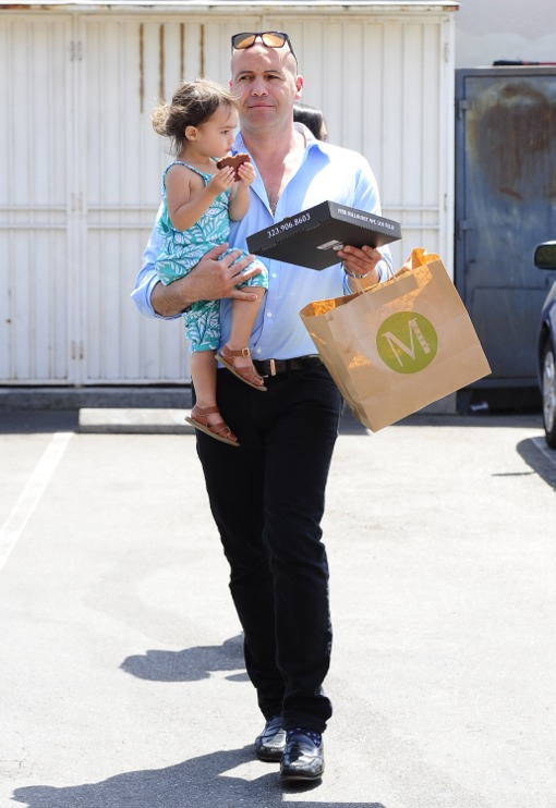 Billy Zane Picks Up Take-Out With His Family
