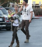 Exclusive... Chris Hemsworth & Family Grocery Shopping At Whole Foods