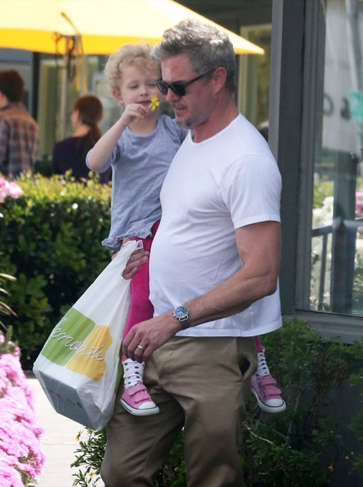 Eric Dane Bonds With Billie Over Lemonade