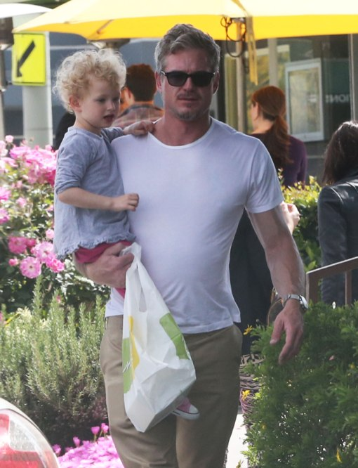Exclusive... Eric Dane Stops For Lemonade With His Daughter
