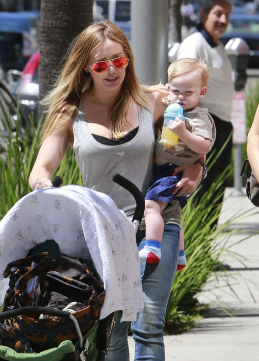 Hilary Duff Totes Her Little Boy