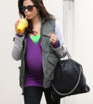 Exclusive... Pregnant Jenna Dewan Stays Healthy In London