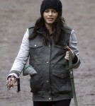 Jenna Dewan Tatum Takes Her Baby Bump and Her Dogs For a Walk in London