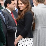 Kate Middleton To Give Birth At Any Time. Royals Are Waiting By The Phone!