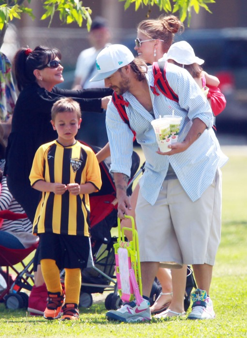 Kevin Federline & Family Watch His Boys Play Soccer