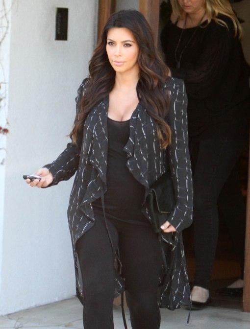 Pregnant Kim Kardashian Steps Out In West Hollywood