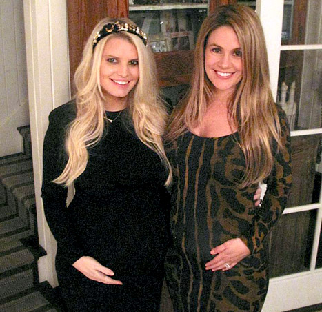 Jessica Simpson & CaCee Cobb: BFF Bumps