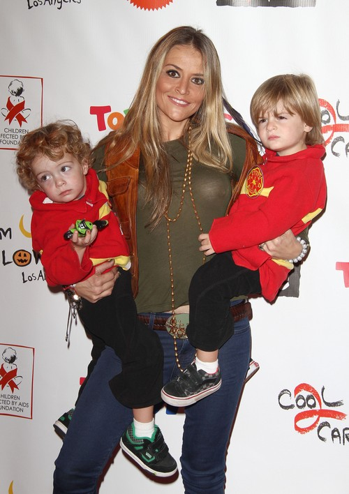 "Brooke Mueller Loses Custody Of Her Children Because Of ""Unsafe Environment"""