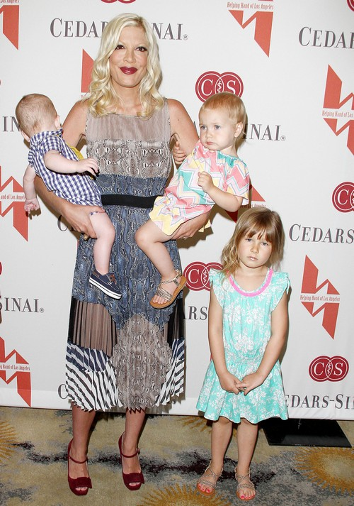 The Helping Hand Of Los Angeles Annual Mother's Day Luncheon