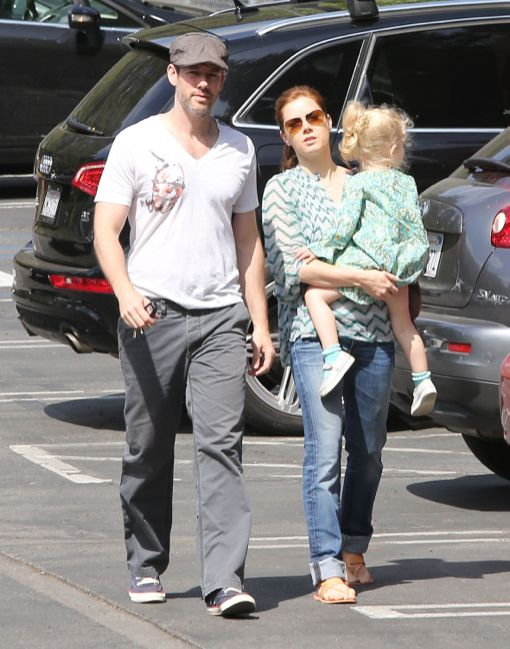 Amy Adams & Family Going To Breakfast