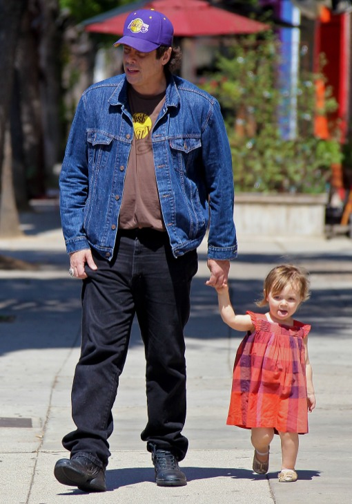 Benicio del Toro Bonds With Delilah on Father-Daughter Day