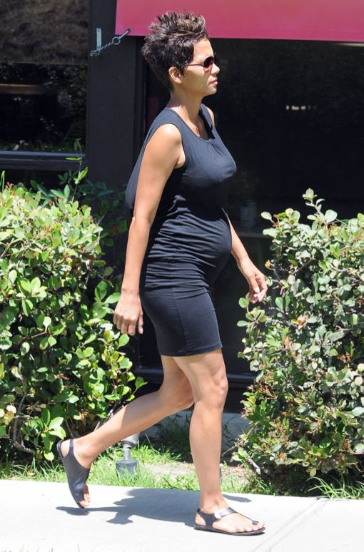 Pregnant Halle Berry Picks Nahla Up From School Celeb Baby Laundry