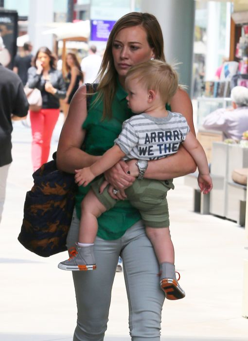 Hilary Duff Shops With Luca At The Mall