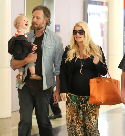 Jessica Simpson & Family Touch Down