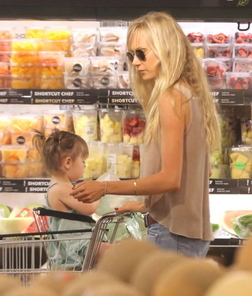 Kimberly Stewart & Delilah: Grocery Shopping Day