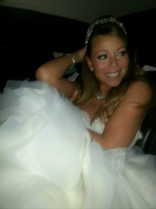 Mariah Carey & Nick Cannon Renew Wedding Vows at Disneyland