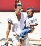Sandra Bullock Picks Louis Up From School