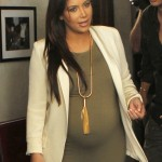 Kim Kardashian Is In Labour – Daughter To Be Born Soon