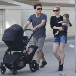 Anna Paquin & Stephen Moyer: Twin Strolling