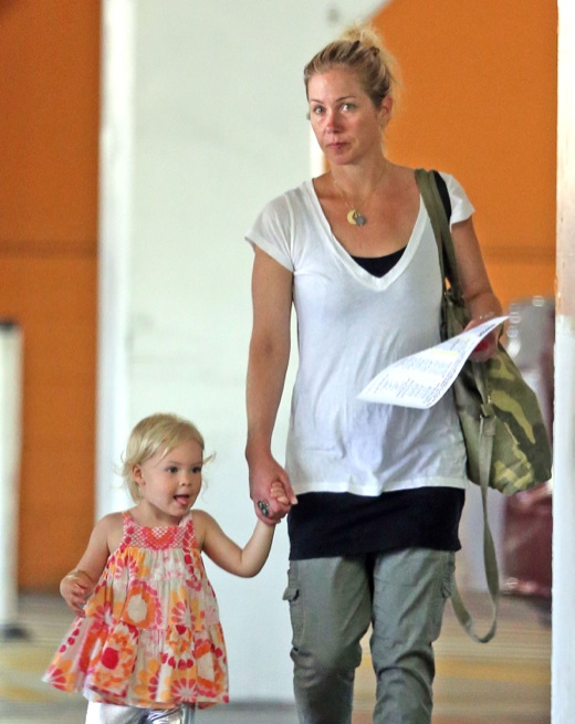 Christina Applegate & Sadie: Gym Buddies