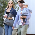 Elizabeth Berkley & Family Spend Saturday at The Market