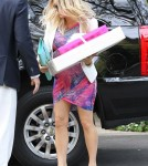Pregnant Fergie Arriving For Erinn Bartlett's Baby Shower
