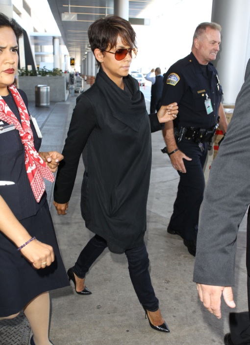 Pregnant Halle Berry Lands On A Flight At LAX Airport