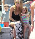 Heidi Klum Takes Her Kids To The Park