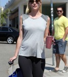 Pregnant Jamie King Stops For A Healthy Drink