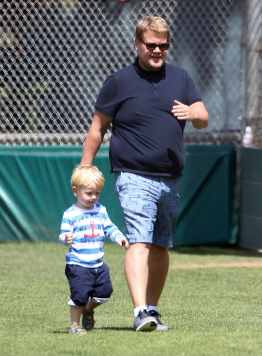 Exclusive James Corden Amp Family Enjoy A Day At The Park